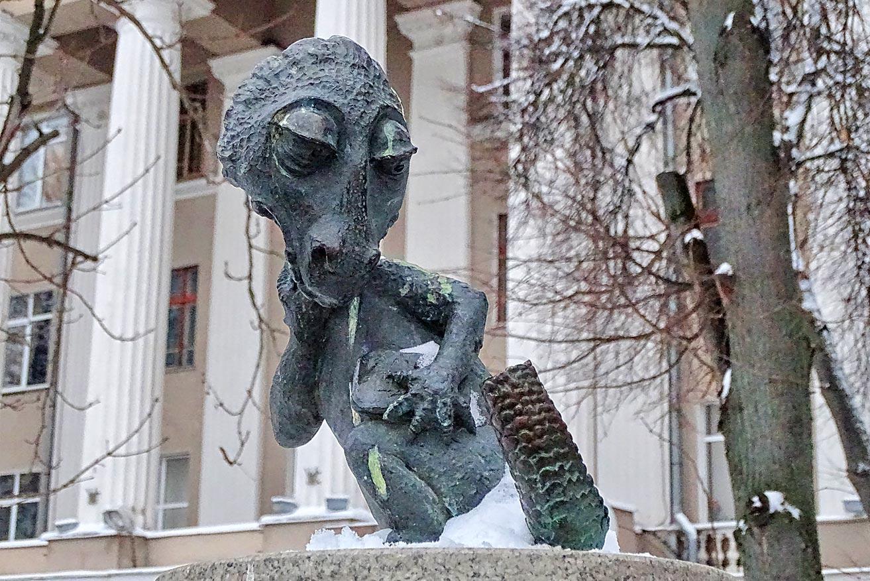 Памятник Хвосту